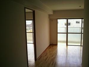 京都府八幡市の賃貸マンションリビング改装